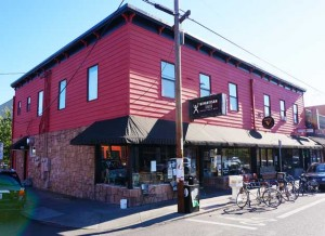 Bipartisan Cafe in Portland Celebrates 10 Years