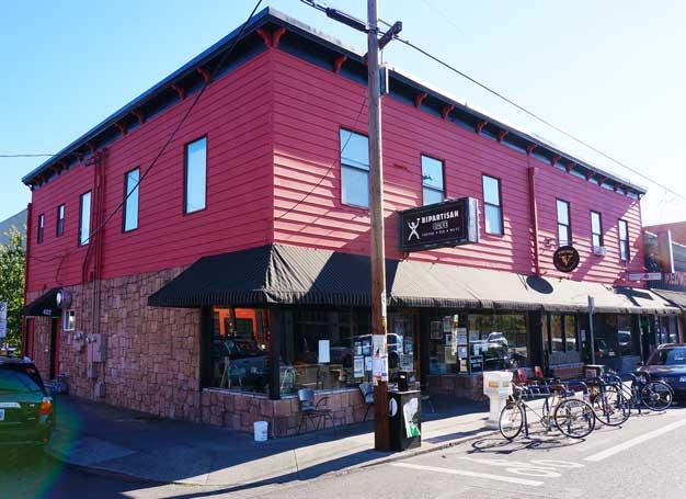 bipartisan cafe portland oregon exterior