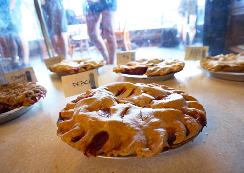 bipartisan cafe portland oregon pies