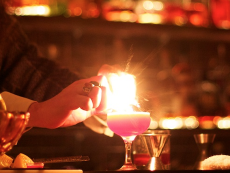 Date Night in Montavilla Vintage Cocktail Lounge