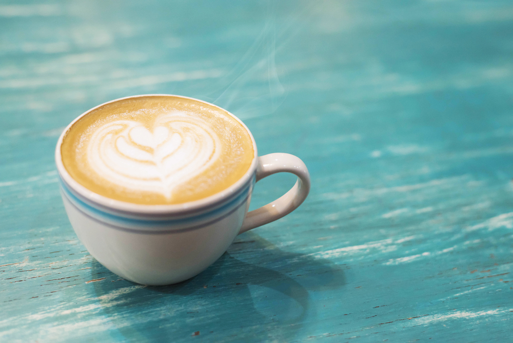 how does coffee caffeine affect sleep